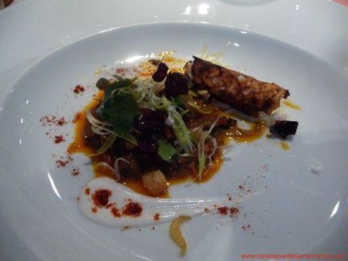Restaurante en Madrid Curry rojo de rabo de toro con socarrat de arroz guisado con coco- DiverXO
