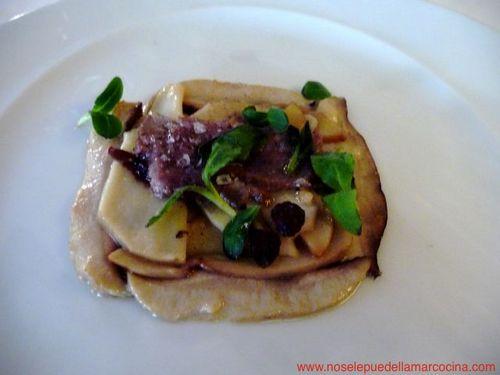 Restaurante en Madrid Laminado templado de boletus confitados, con corzo asado