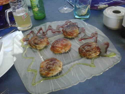 Restaurante en Godella Milhojas de manzana y foie caramelizado .