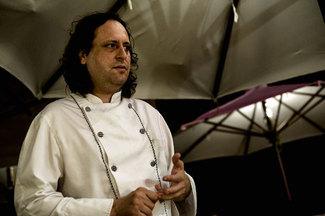 El jefe carlos. Restaurante Villa Mas