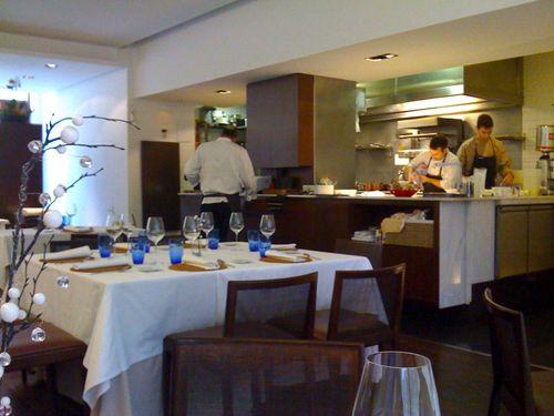 Restaurante en León La cocina abierta al comedor