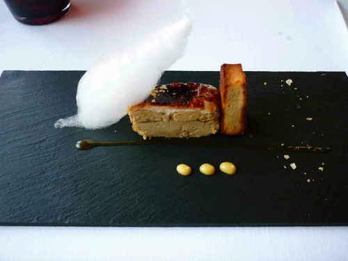 La Salita en Valencia Milhojas de foie,manzana y queso de cabra.