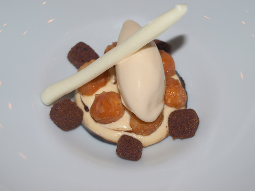 ARC - Arrop Ricard Camarena (CERRADO) en Valencia Café con leche quemada, mantequilla y nueces de macadamia