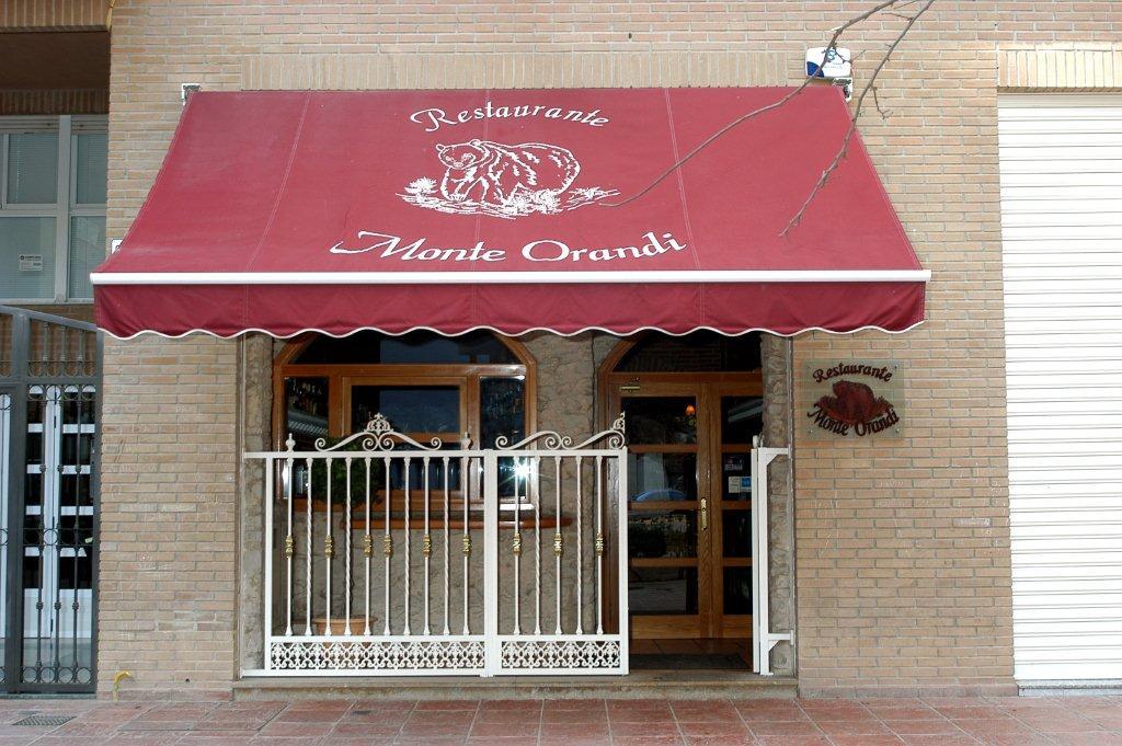 Restaurante monte orandi valencia - Fachadas de bares modernos ...