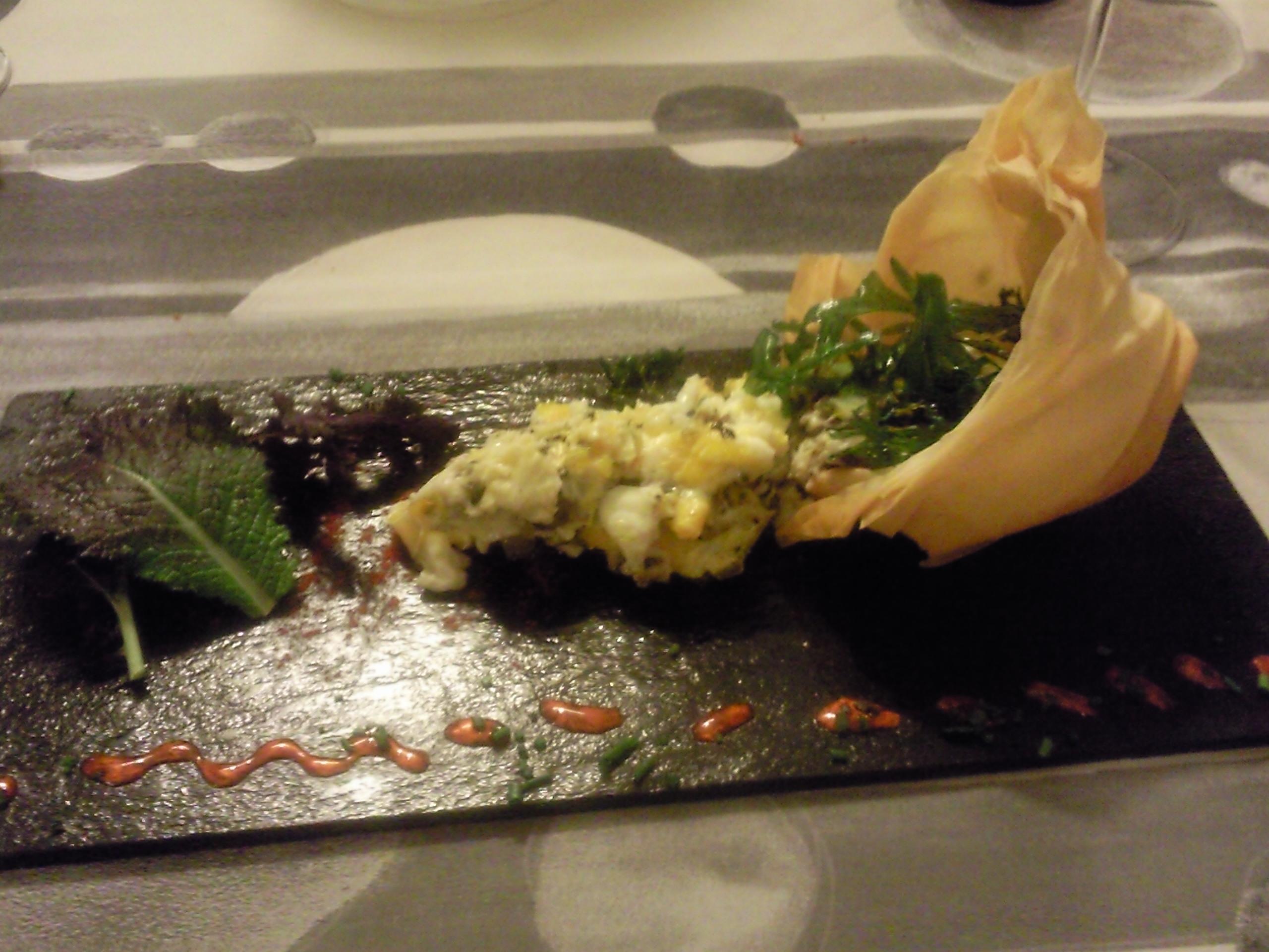 Restaurante Malkebien Revuelto de amanita cesárea y trompetilla  e hinojos, sobre nido de pasta Philo