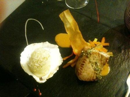 Restaurante en Valencia Atún con salsa de soja y naranja, crudite de verduras y parmentier de cebollino