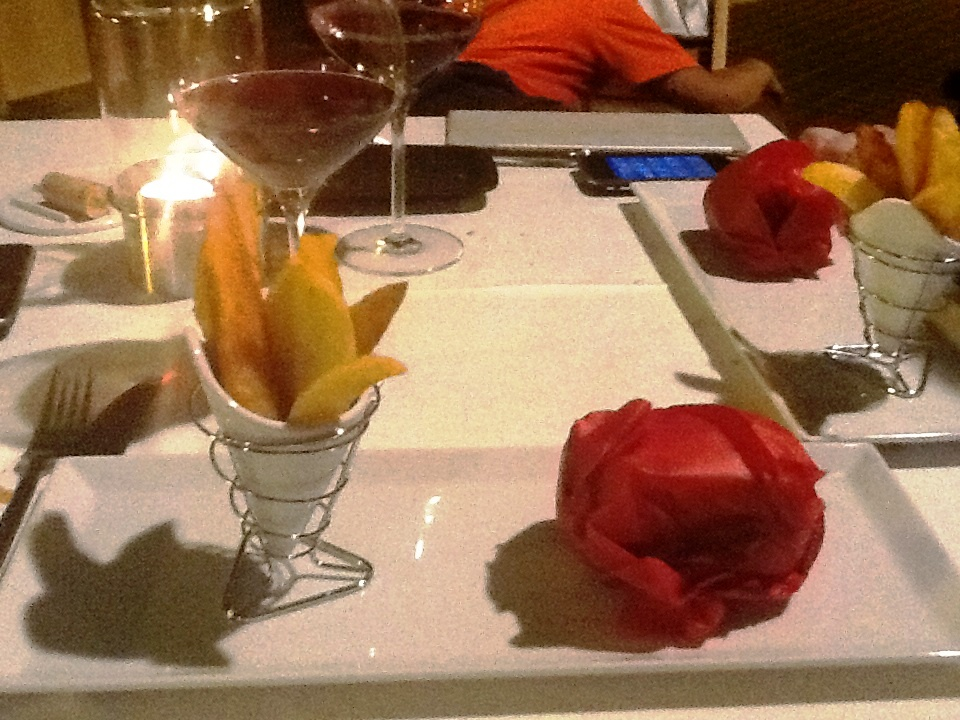 Restaurante La Salita Hamburguesa de Toro con Patatas Deluxe