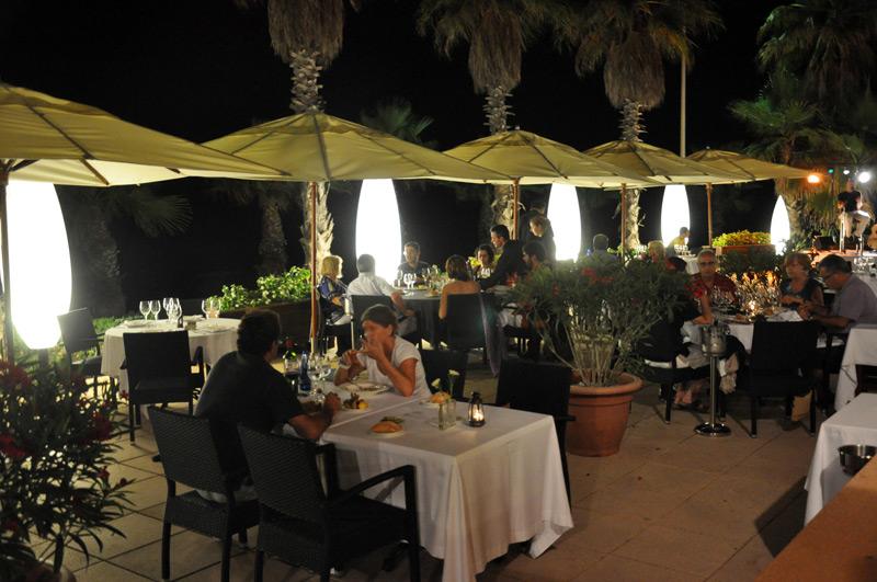 Acqua Sitges en Sitges Cenas con cocina marinera