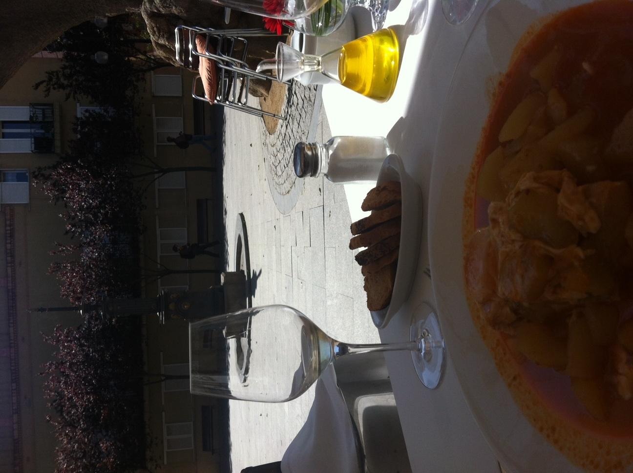 Restaurante Els Pescadors La terraza se agradece en un día así