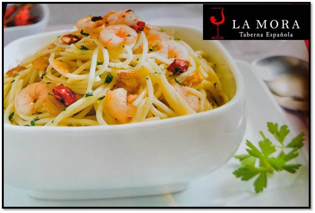 Taberna La Mora en Valencia Espaguetis al ajillo con gambas