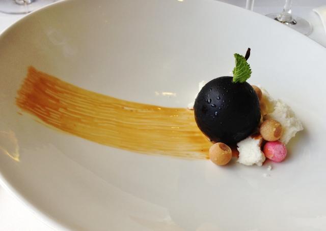 Restaurante en Valencia Fruta de la pasión con corazón de yogurt