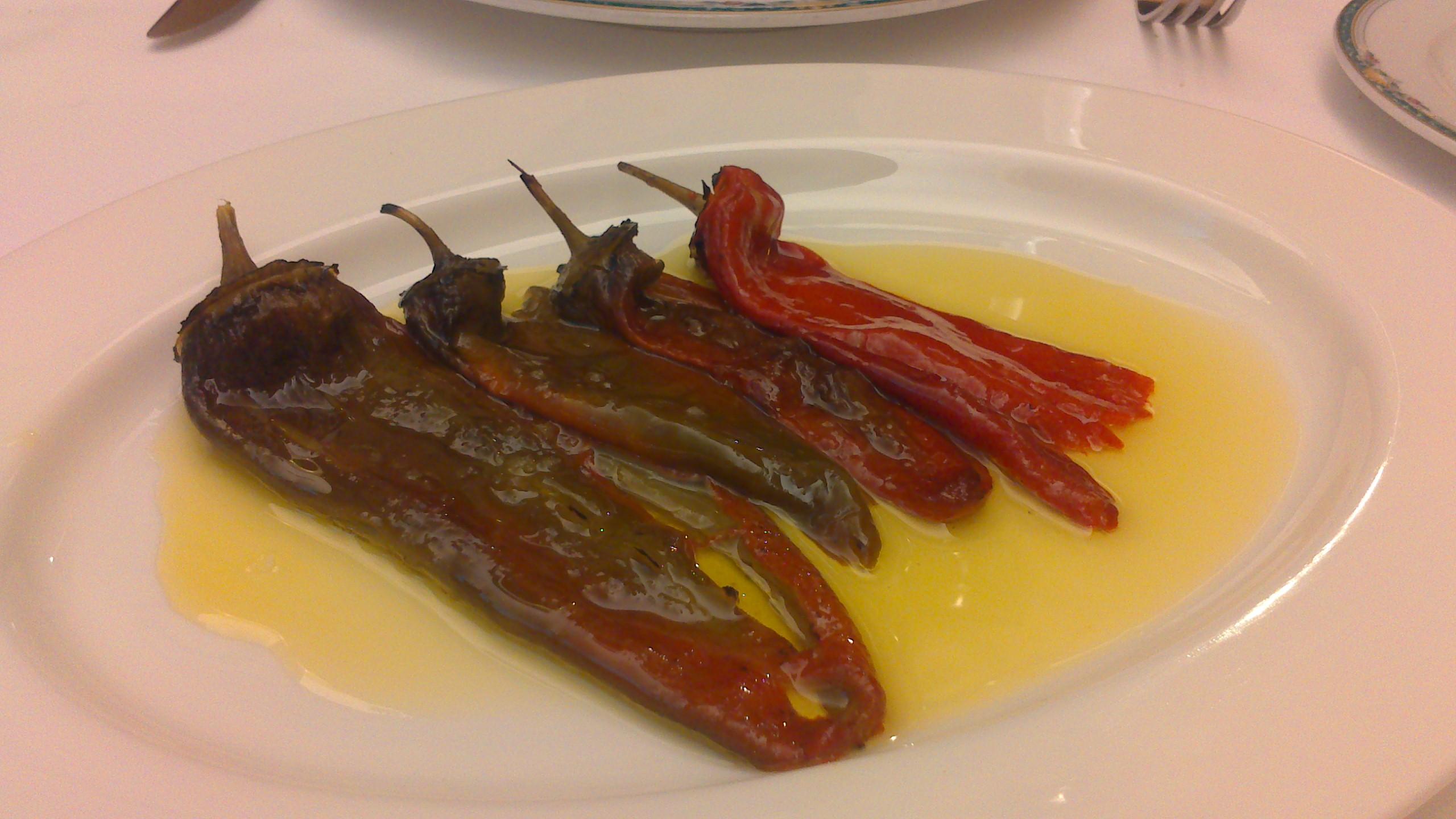 Restaurante en Bilbao Pimientos asados.