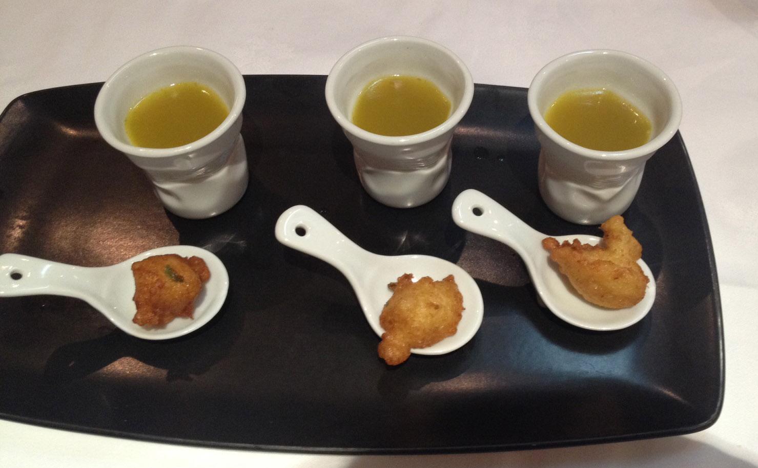 Restaurante en Valencia Caldo casero y buñuelo de bacalao