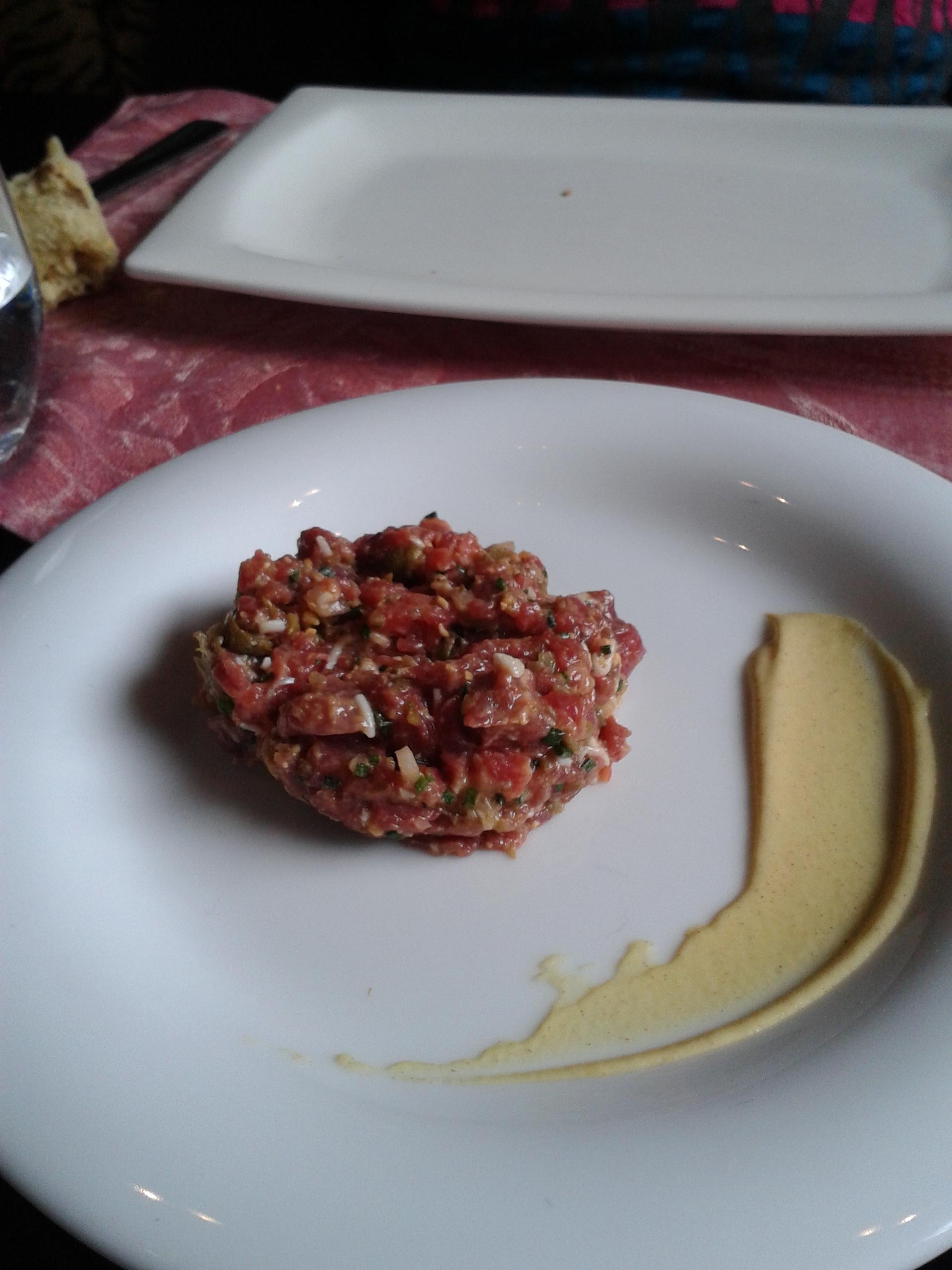 Lakasa de César Martín en Madrid Steak tartar