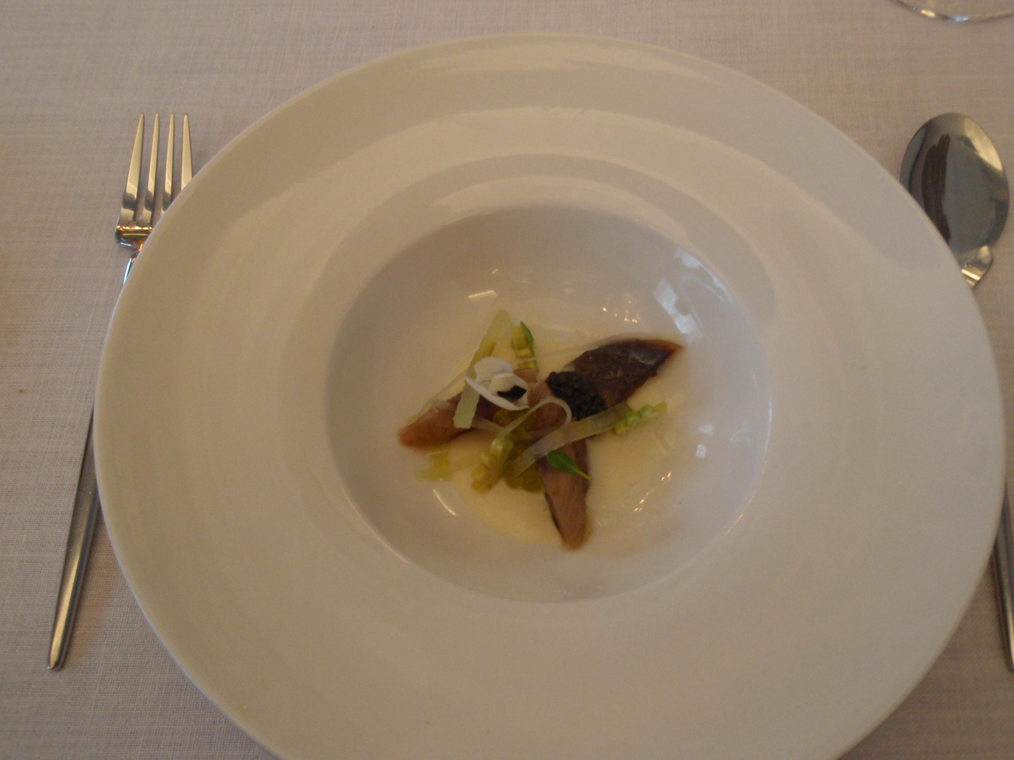 El Club Allard en Madrid Crema de apio-nabo con sardina ahumada
