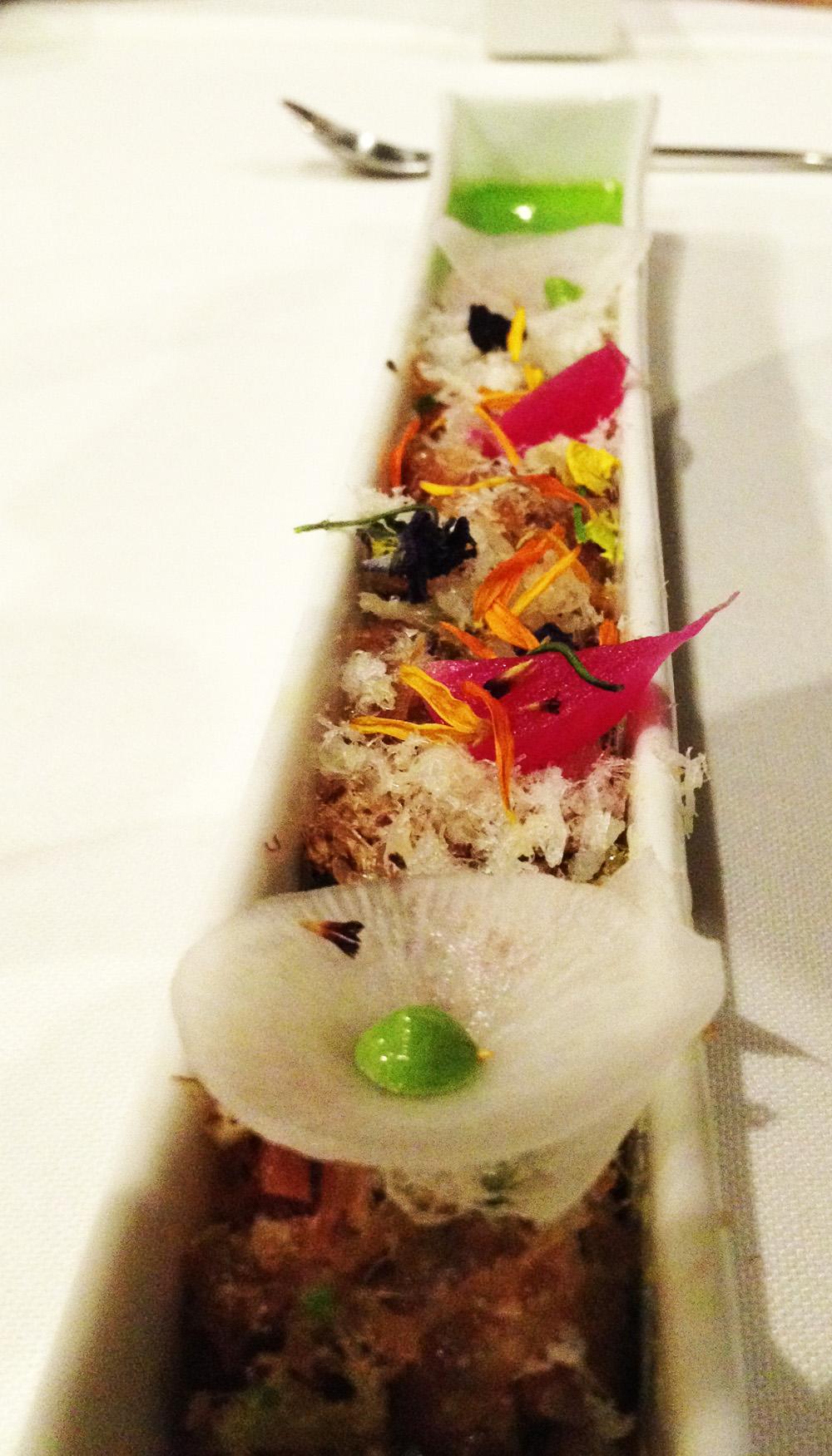 La Salita en Valencia Ensalada de mojama de verduras