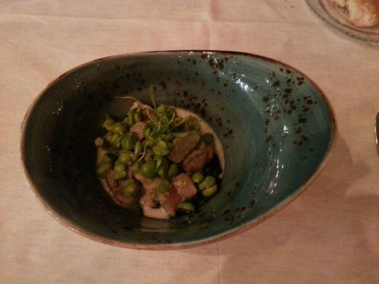 Restaurante La Salita Langostino, endivia y alcarchofa con salsa de almendras