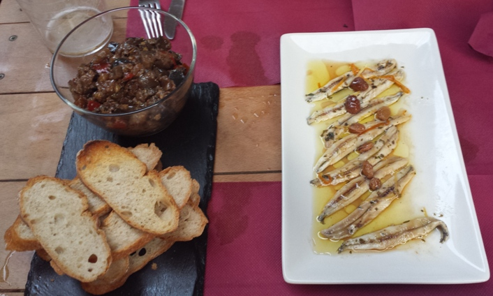 Restaurante Taberna La Sénia Trencadís d'albergínia i aladrocs