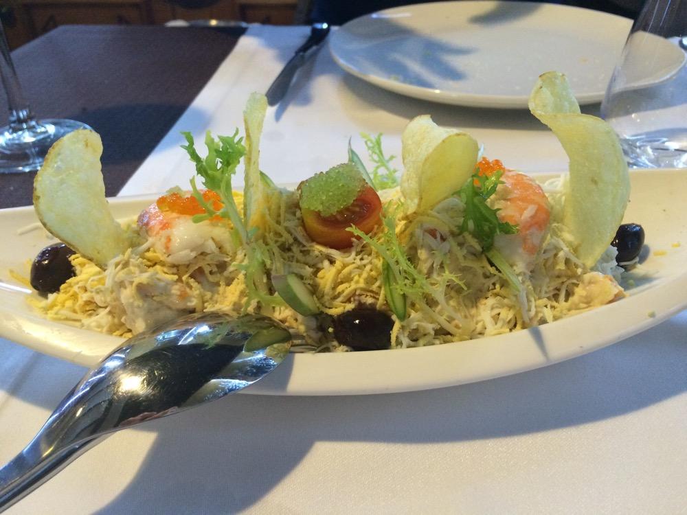 Q'Tomas ? Ensaladilla rusa con salpicón de marisco y mayonesa de wasabi