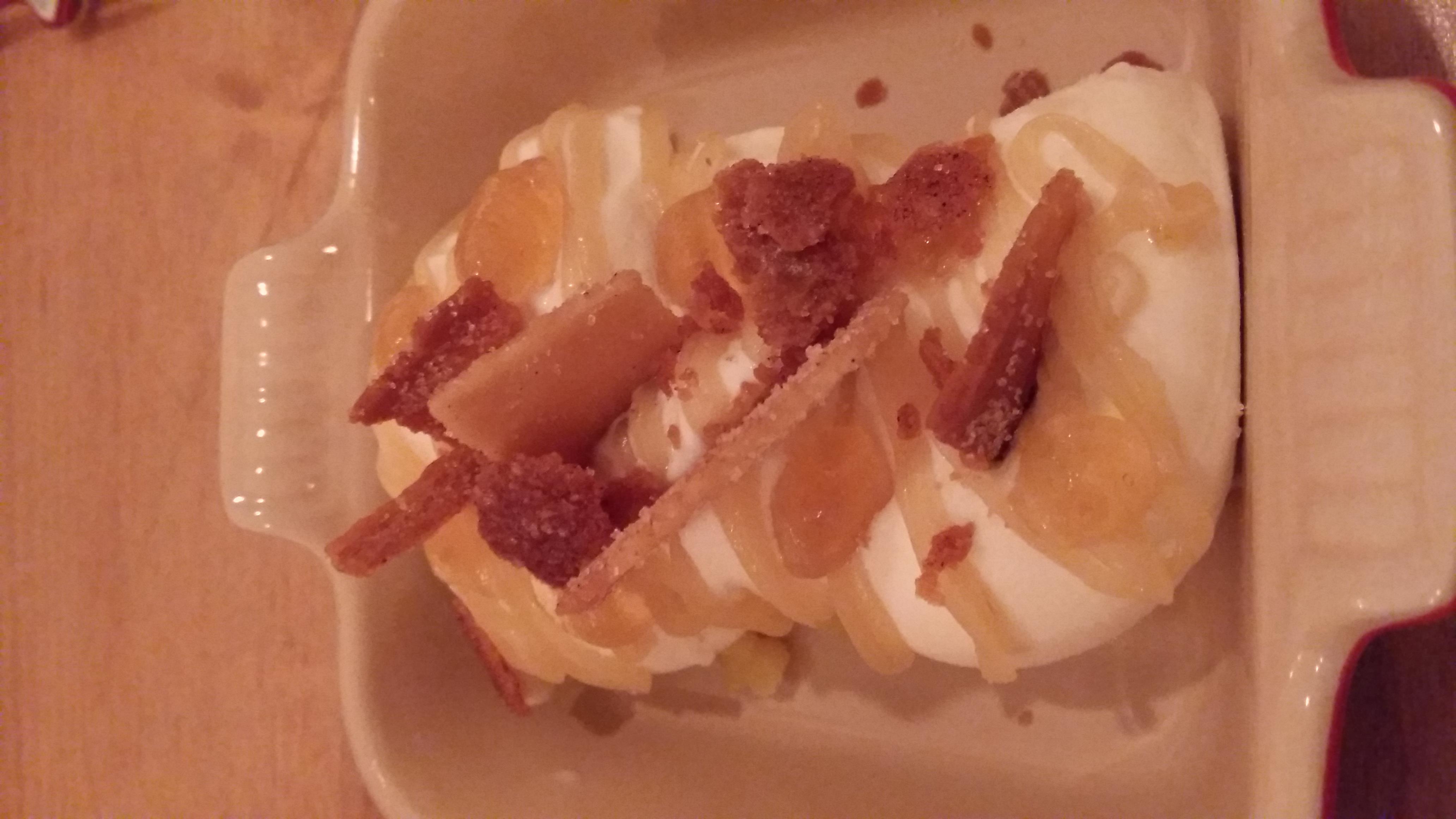 Restaurante Habitual boniato asado, helado con anís