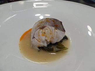 Merluza de Celeiro con jugo de cocido