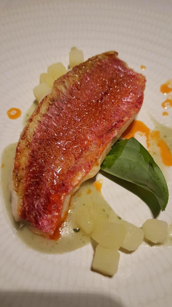 Alabaster Lomos de salmonete al horno