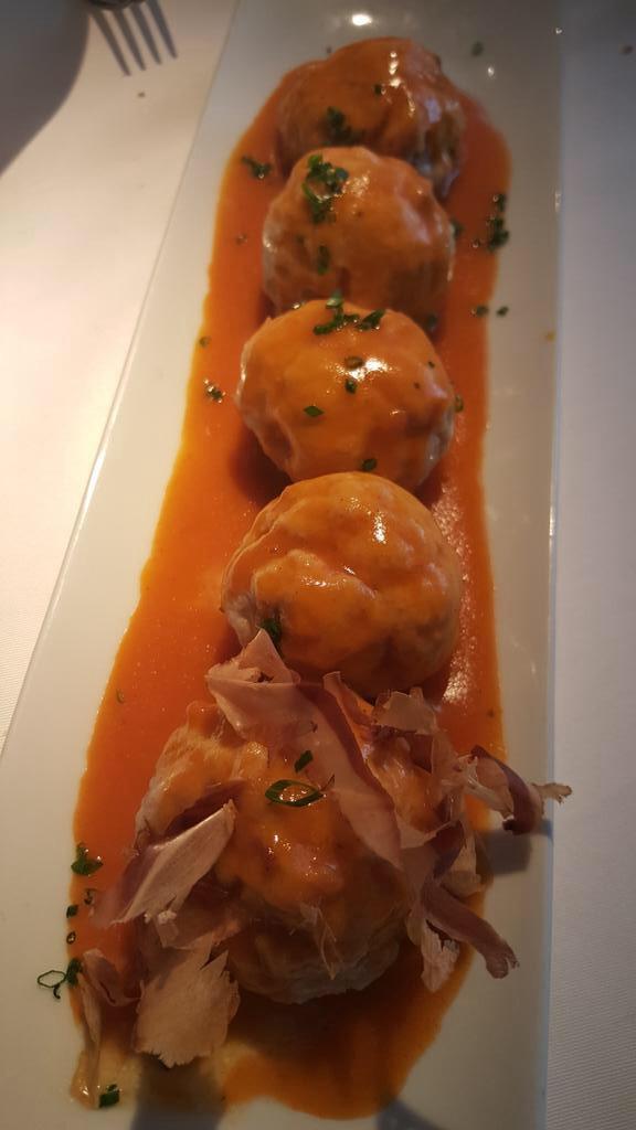 Restaurante en Madrid Albondigas de bonito y calamar