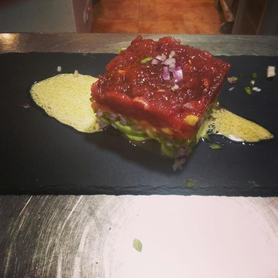 Restaurante La Almazara Tartar de atun rojo