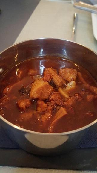 Callos con aji panca y curry