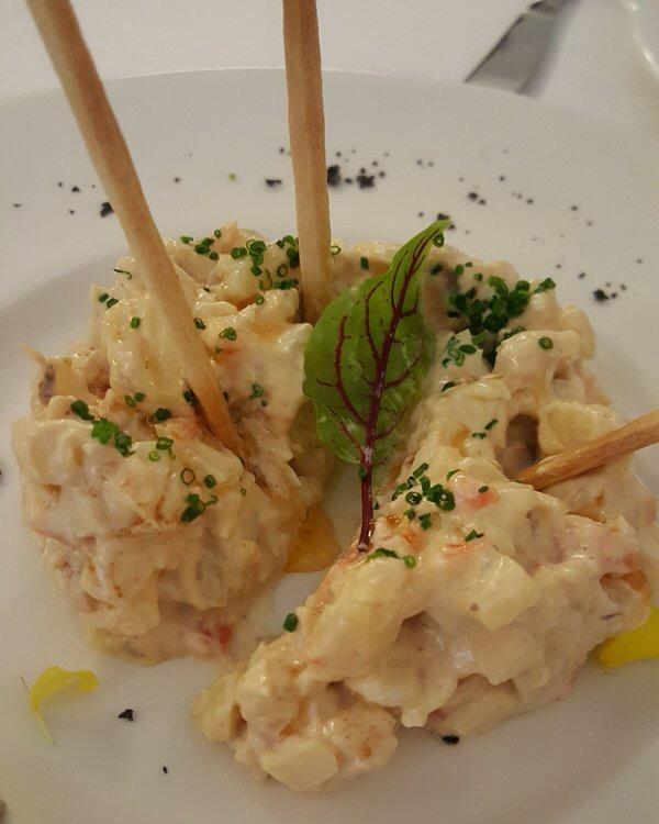 Restaurante en Madrid Ensaladilla con langostinos y caballa