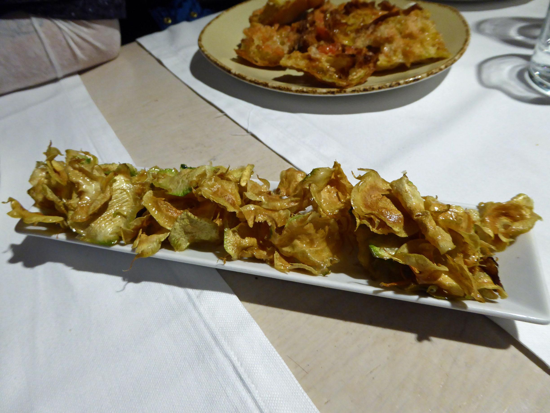 Restaurante La mar Salada Chips de alcachofas