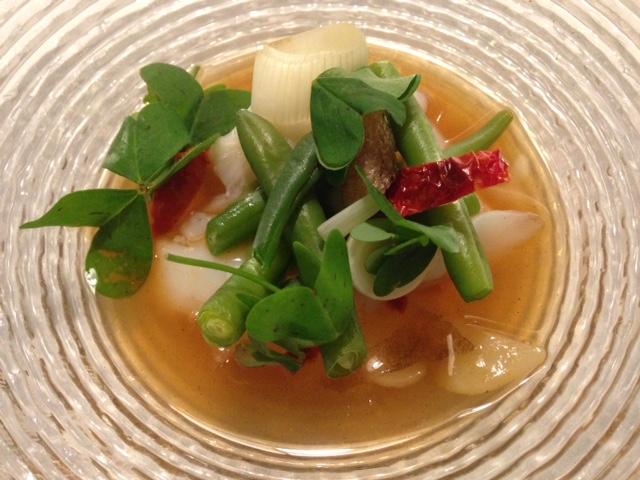 Restaurante en Almansa Bacalao con royal de judias verdes y su jugo de zanguango manchego