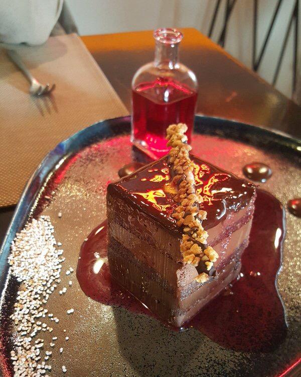 Restaurante Tiradito & Piscobar Chocolate zampado