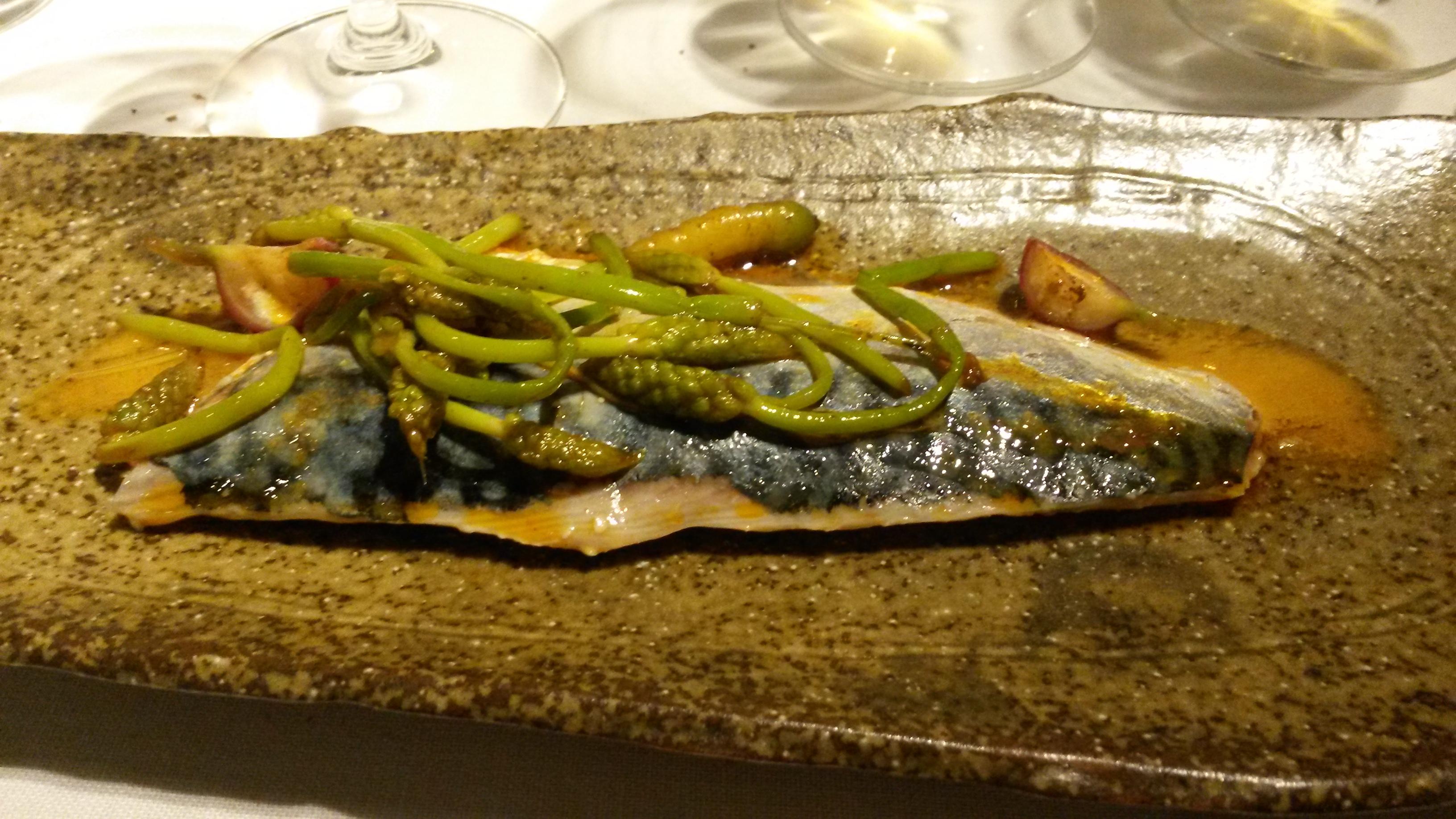 Alabaster Caballa escabechada con verduras