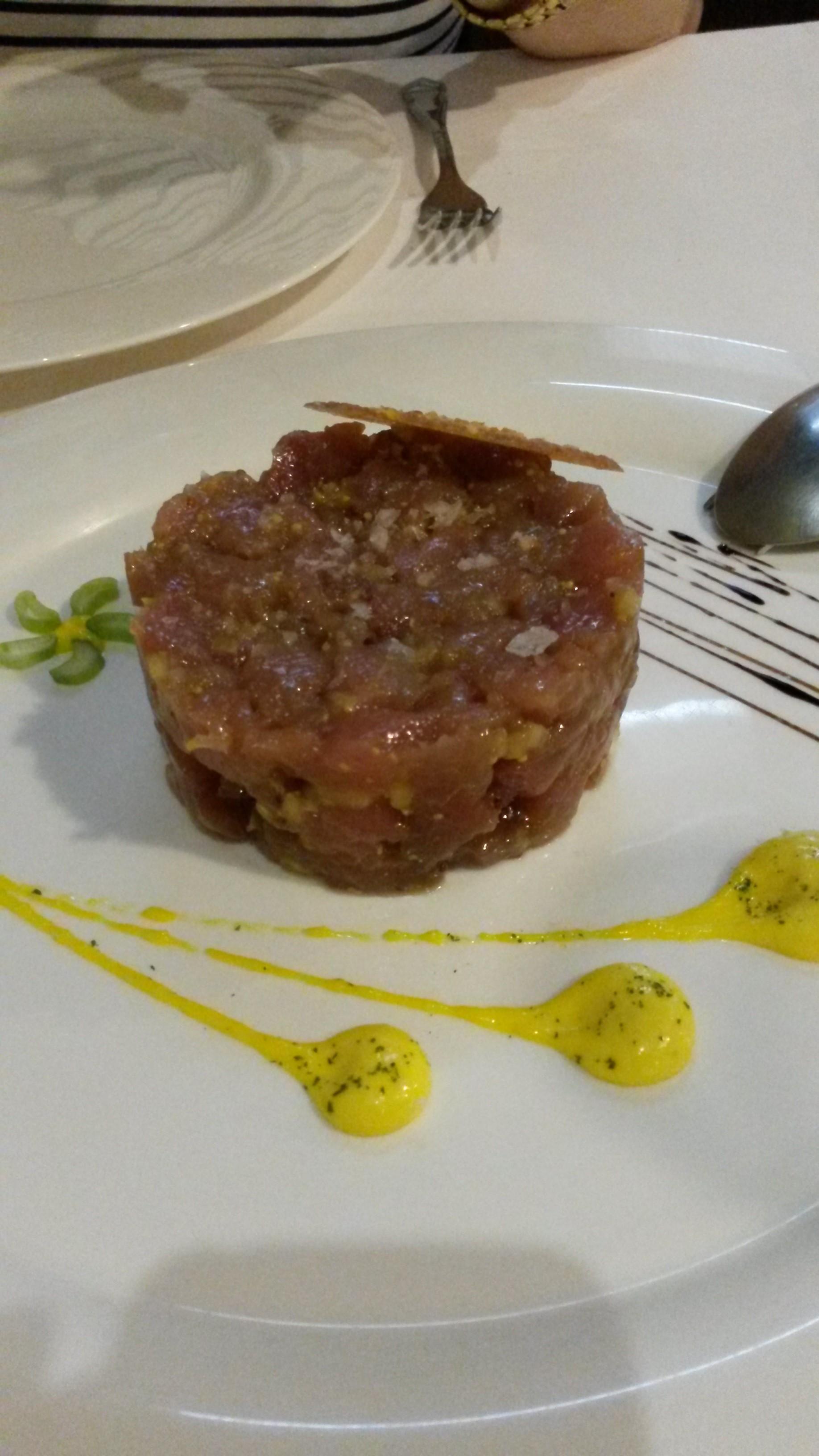 Restaurante en San Vicente de la Barquera Tartar de ventresca de bonito