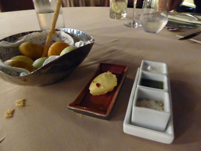 Restaurante Lucas Maes Panes , snacks y salsas