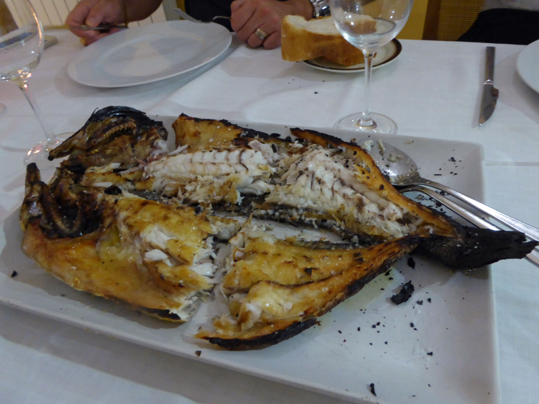 Restaurante en Beniferri Corvina a la brasa de 2,5 Kg