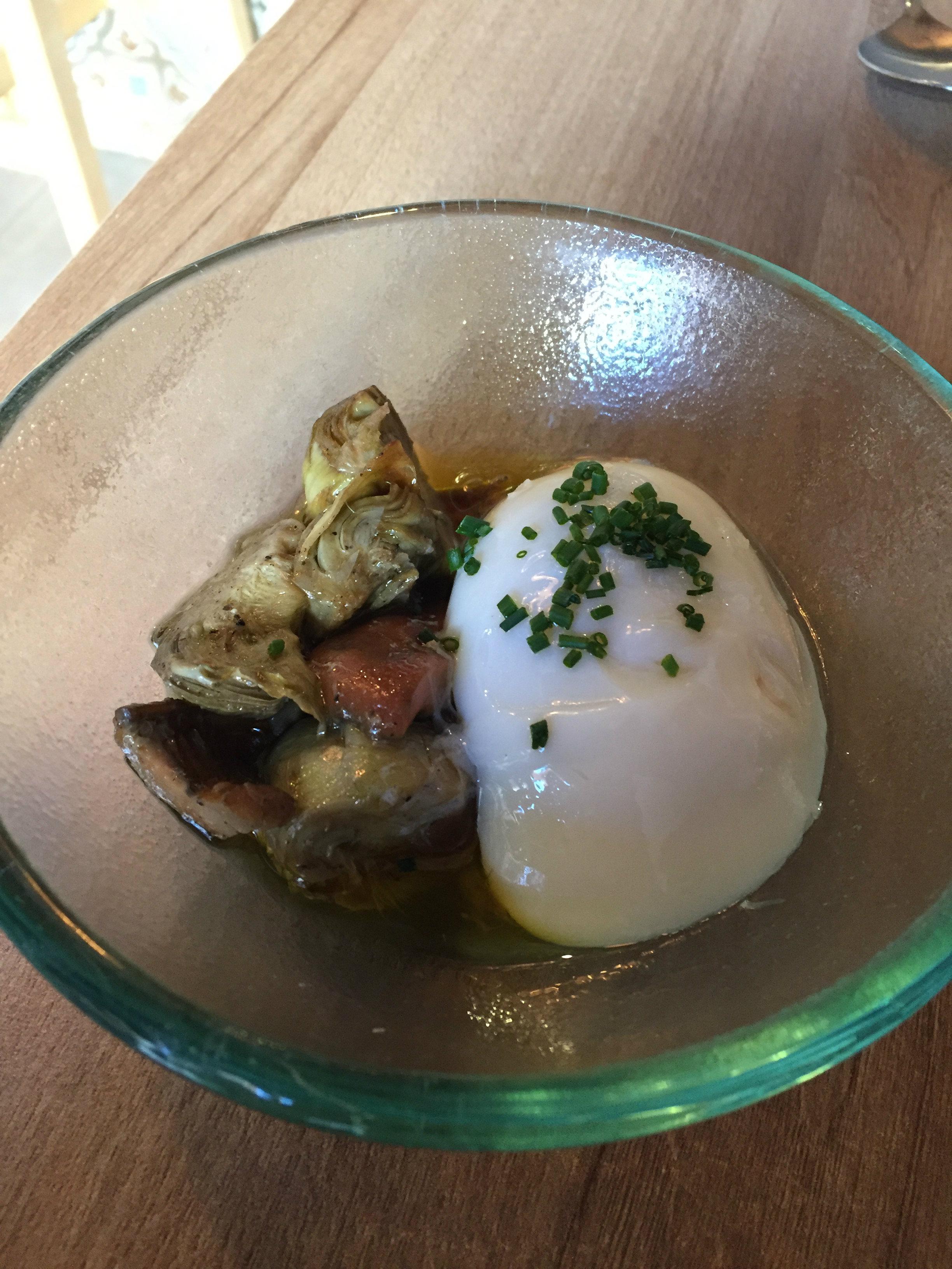 Restaurante Ciro Escabeche de rebollones y alcachofas y huevo