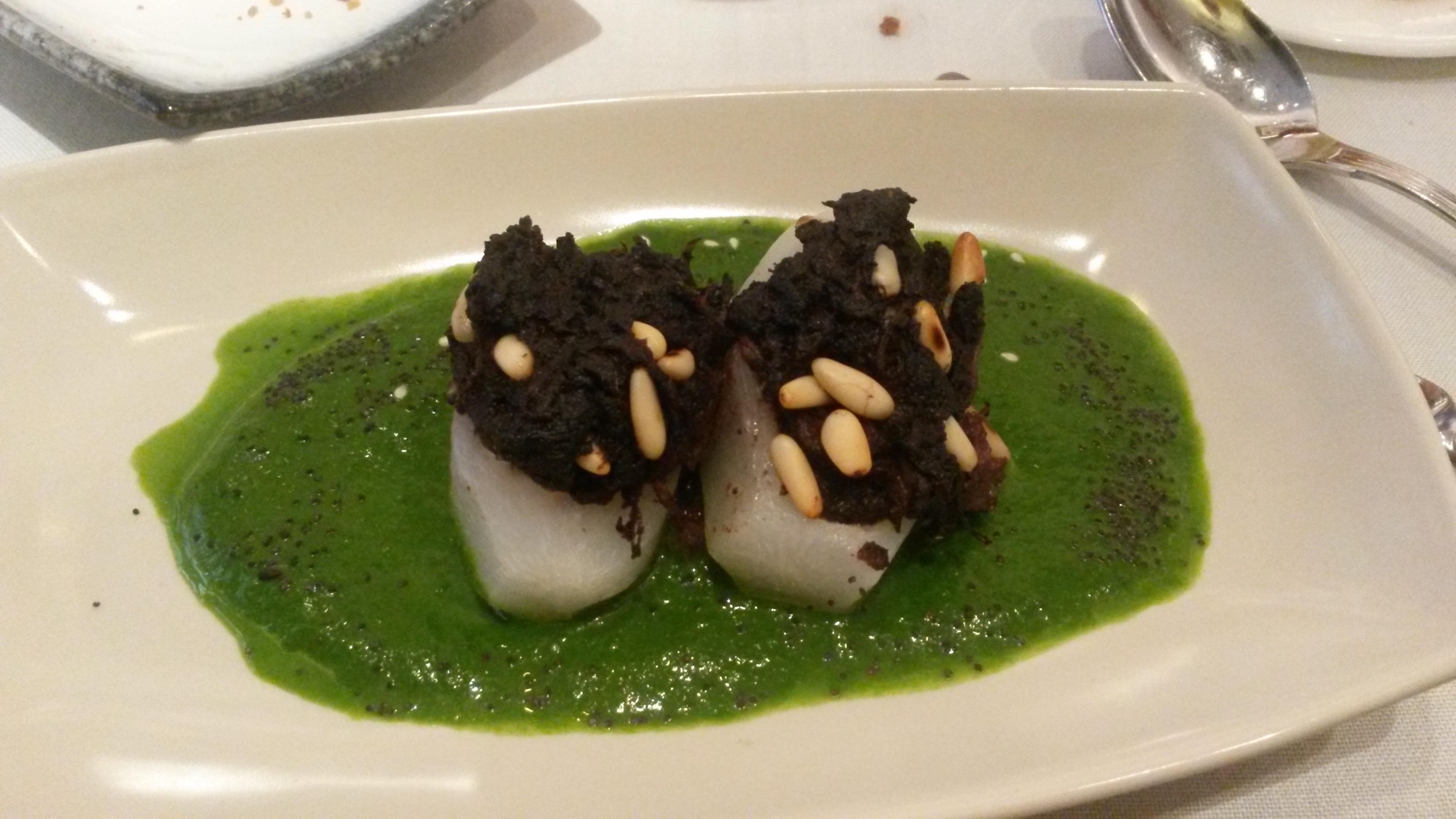 Restaurante Viridiana Nabos rellenos de morcilla