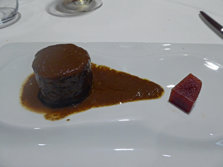 """Restaurante Fonda Sala Liebre a la Royale """"o cullera"""" con parmentier de patata trufada."""