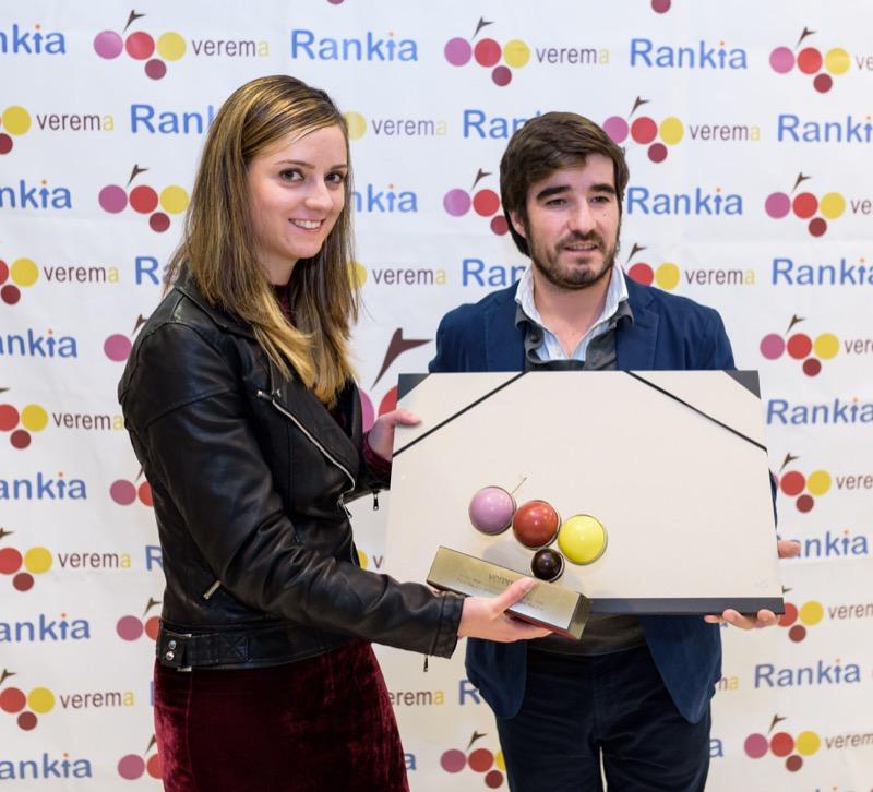 Alicia Martínez y Antonio de Jove en la entrega de los premios Verema