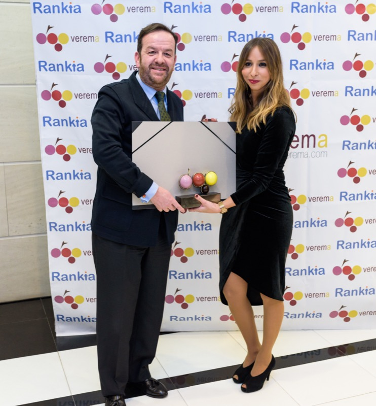 Javier Noval y Marta Calabuig en la entrega de los premios Verema