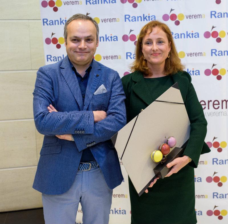 Mireia Torres y Juan Such en la entrega de los premios Verema