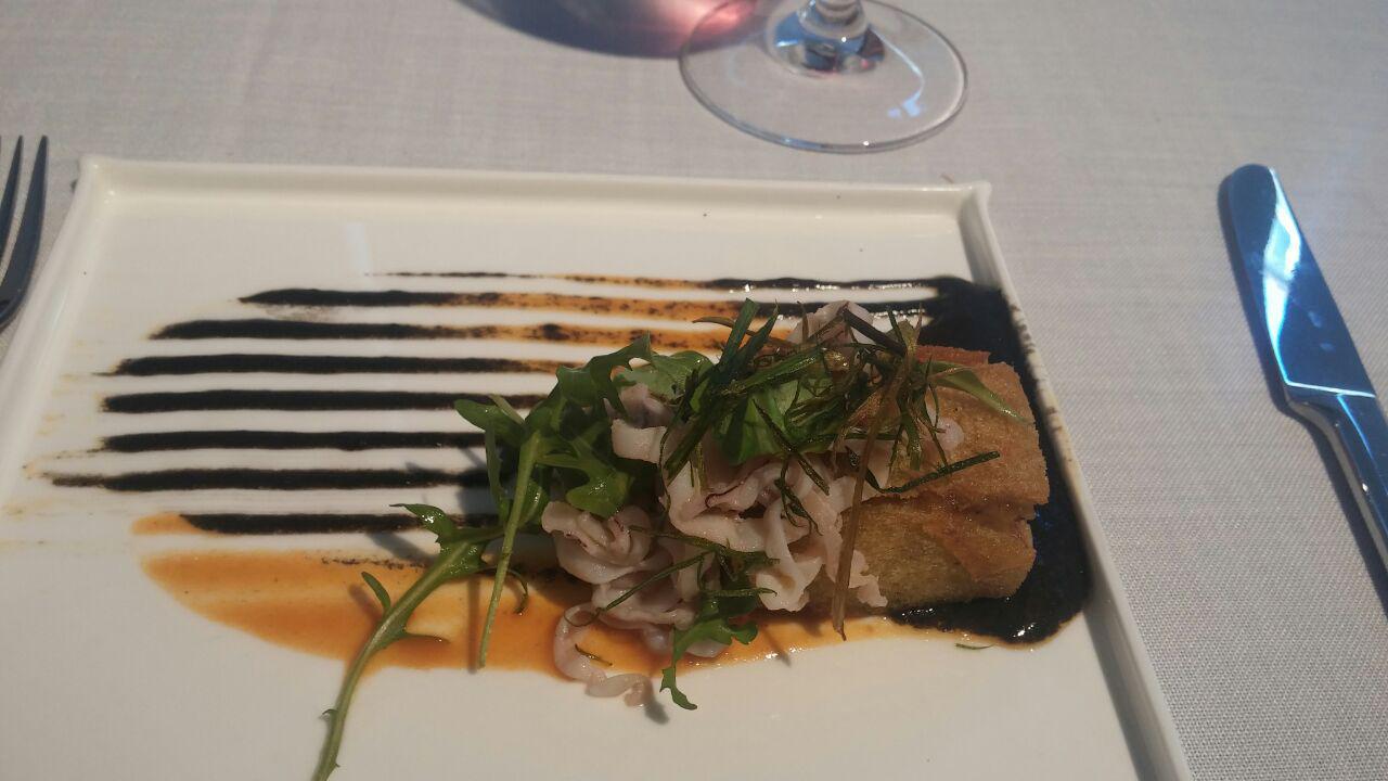 Restaurante en León Mar y montaña, calamares y manitas de cerdo