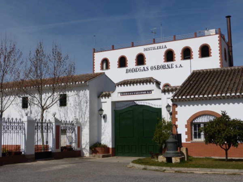 Destilería de bodegas Osborne en Tomelloso, La Mancha