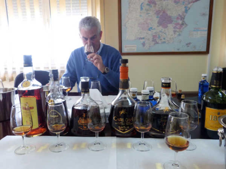 Catando la gama de brandys de Osborne con José Ignacio Lozano, director de la bodega
