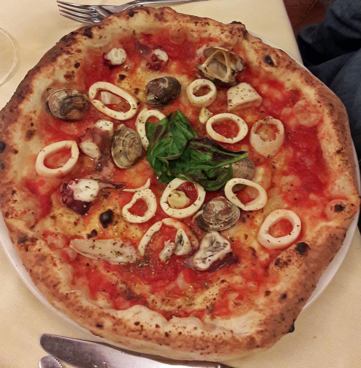 Restaurante Brandi Antica Pizzeria Della Regina D Italia N Poles # Muebles Pizzeria