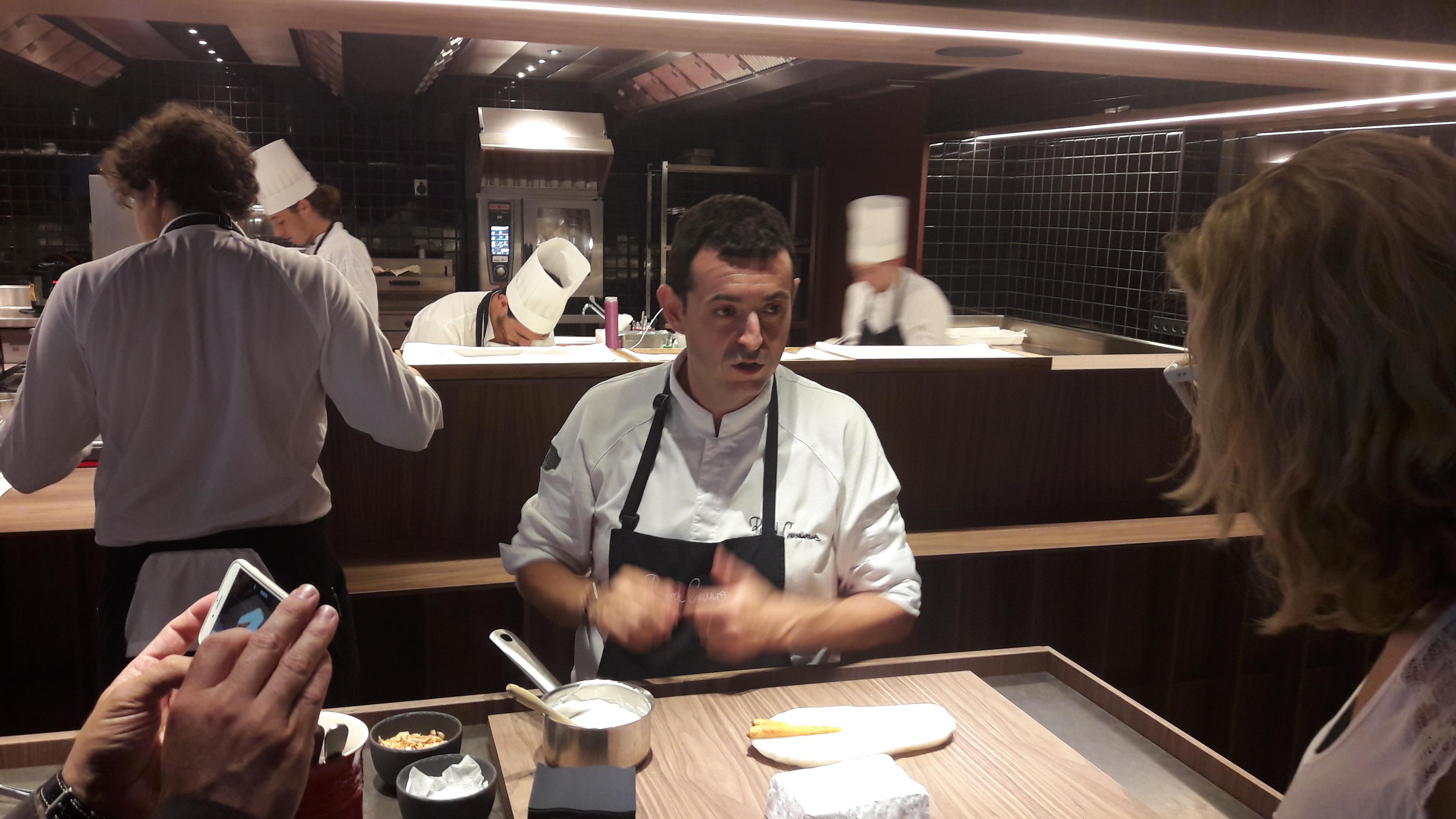 Ricard Camarena Interactuando chefs - comensales