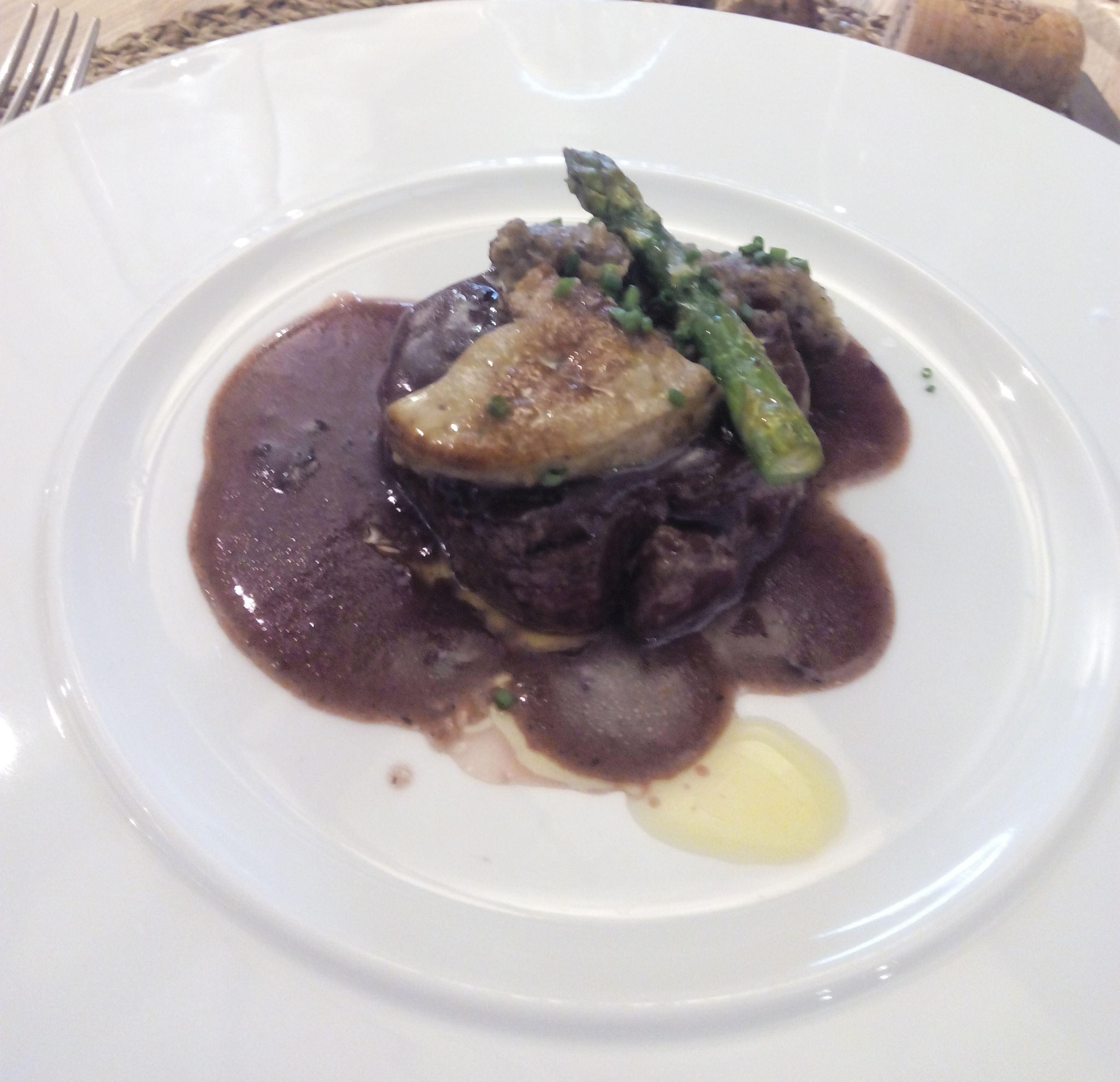 Restaurante Cal Blay Filete de ternera Rossini con trufas y foie