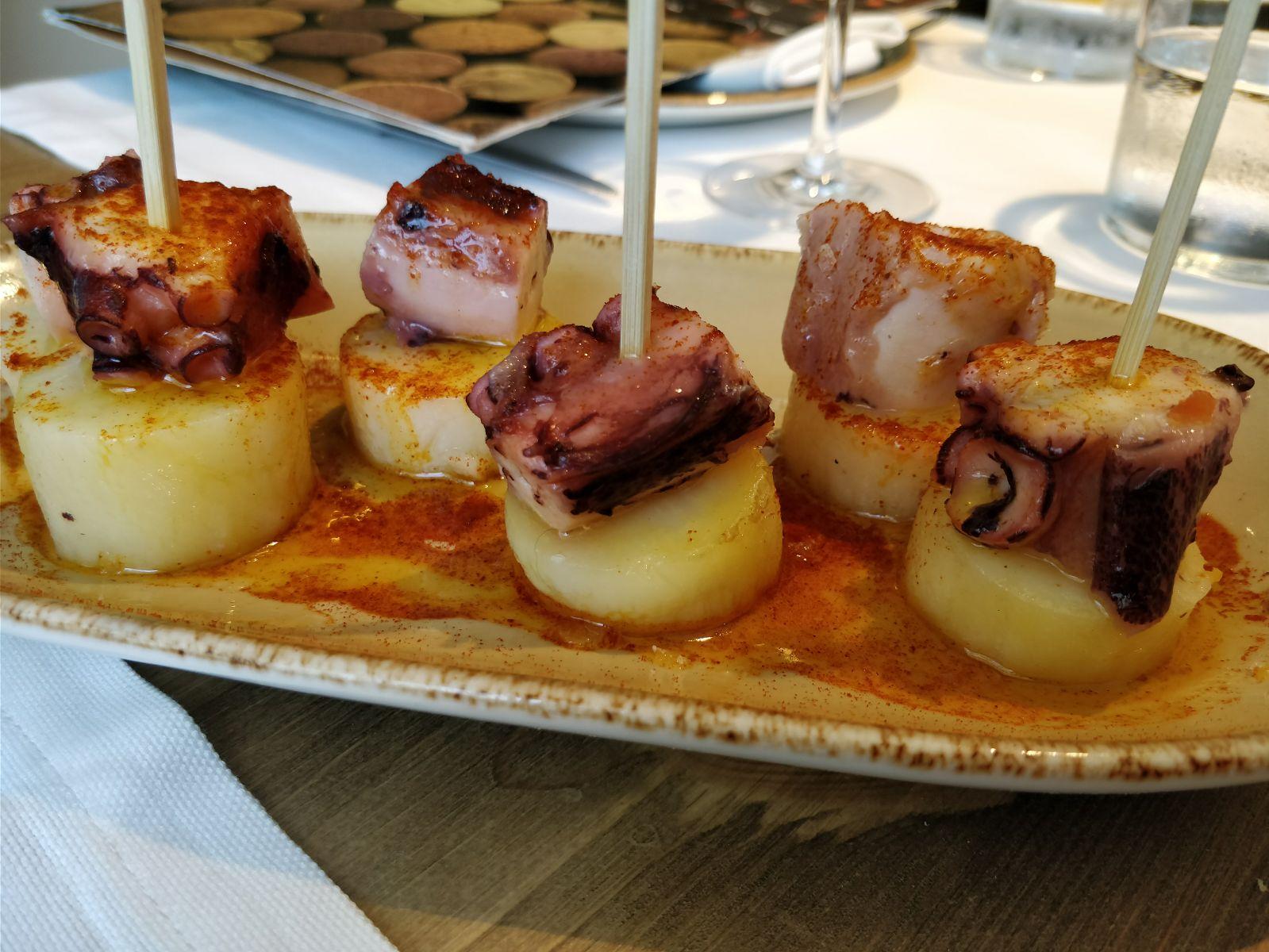 La mar Salada en Barcelona Su versión del pulpo a la gallega